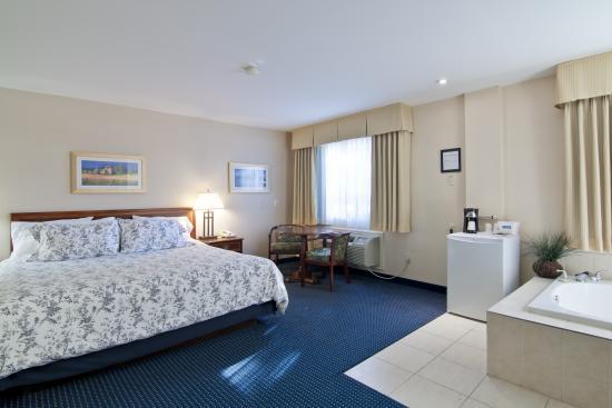 Travelodge Trenton: Jacuzzi Suite