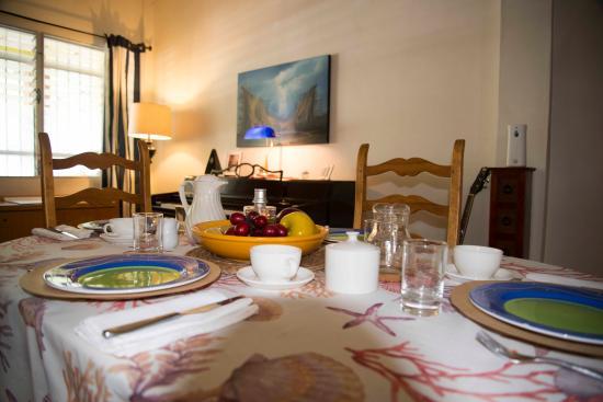 El Litoral: The inside  dinning room