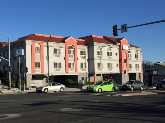 San Bruno, CA: Front Bulding