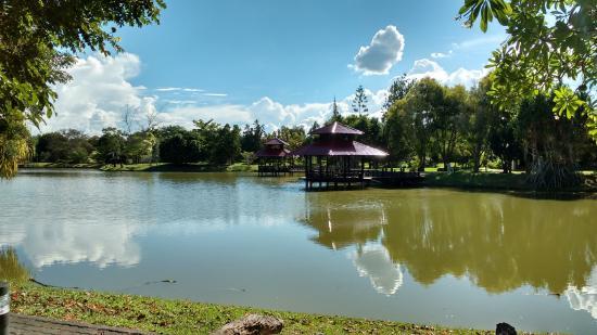 Tenom, Malaysia: View over the lake