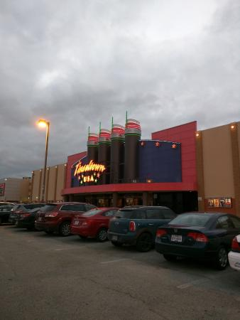 tinseltown 20 picture of cinemark movie theatre