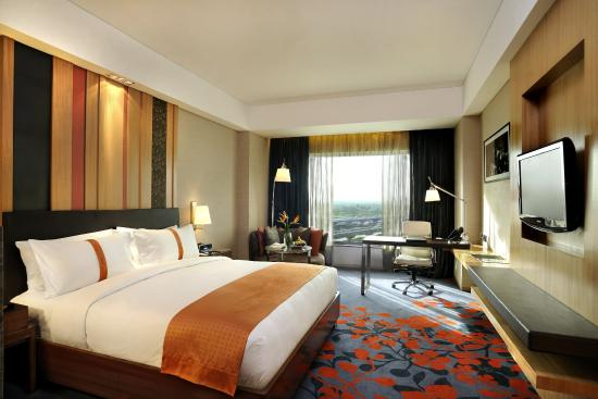 Holiday Inn New Delhi Mayur Vihar Noida Guest Room