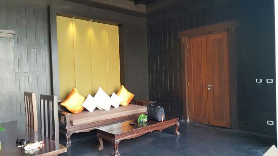 Malisa Villa Suites: 1 bedroom villa lounge area