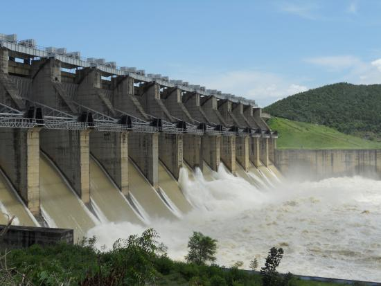 Jamshedpur, India: Chandil dam....