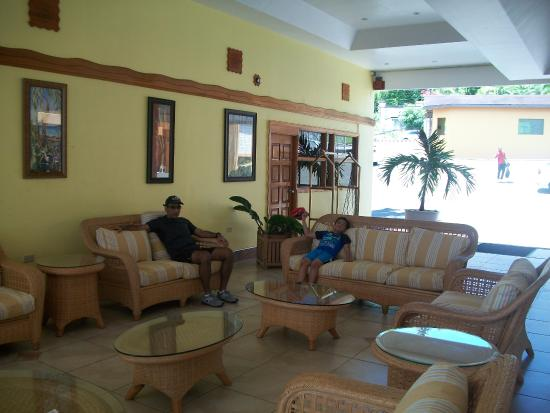 Black Rock, Tobago: lobby area