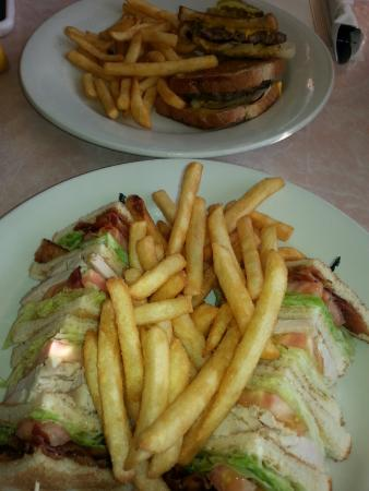 Machesney Park, อิลลินอยส์: Gills Diner BLT Club