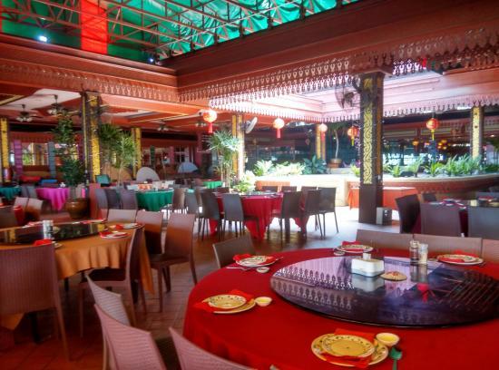 Dsc large g picture of golden thai restaurant
