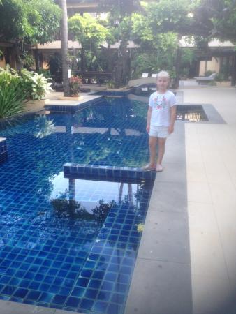 Phra Nang Inn: Poolområdet