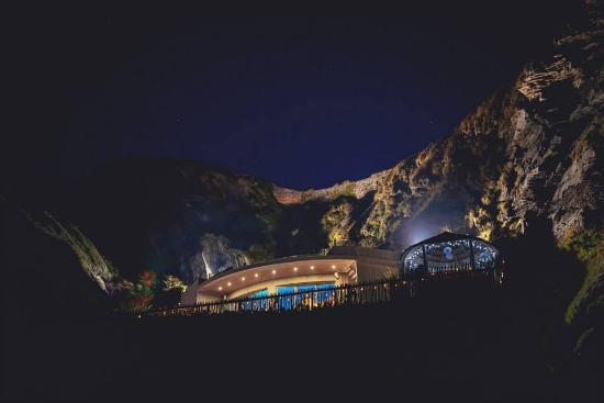 Ilfracombe, UK: View at night