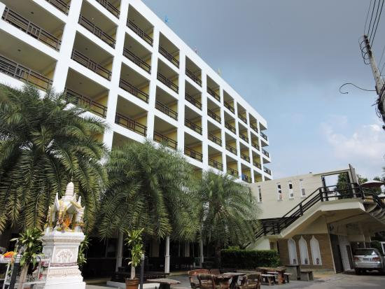 Golden Sea Pattaya Hotel: 外観