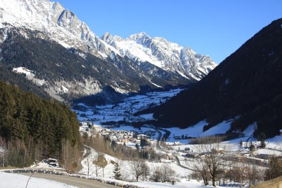 Waldrasthof: view from the house to Anterselva (Antholz)
