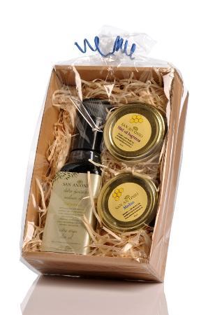 Vodnjan, Croacia: San Antonio extra virgin olive oil&honney gift package