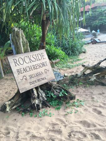 Rockside Beach Resort Photo
