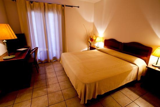 Camera Matrimoniale A Olbia.Camera Matrimoniale Picture Of Hotel Moderno Olbia Tripadvisor