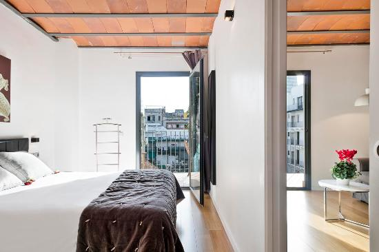 Palou Suites Ramblas: Suite Balcony