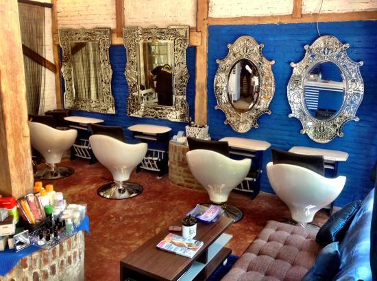 Stylist Hair & Beauty Salon