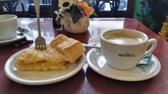 El Cafe De Bolis