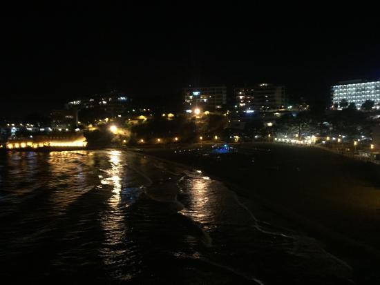Playa Los Capellanes: Ночной пляж