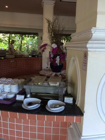 Khaolak Orchid Beach Resort: Frühstücksbuffet