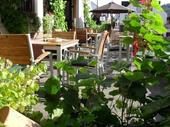Neumagen-Dhron, เยอรมนี: Romantische Terrasse!