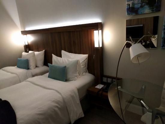 minder 'luxe' badkamerartikelen 'standard room' - picture of, Badkamer