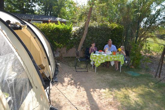 Camping Lou Pantai : un grand emplacement