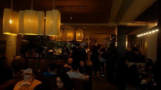 Nando's - Brunswick Square: Dining room