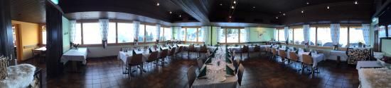 Dallenwil, Швейцария: Alpenrestaurant Wirzweli - Saal Bankettstuhlung