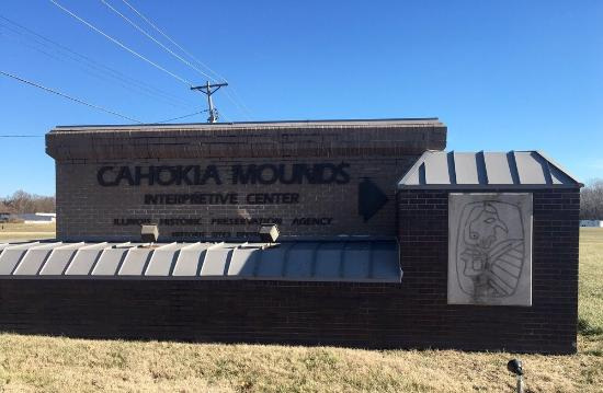 Collinsville, Илинойс: Cahokia Mounds