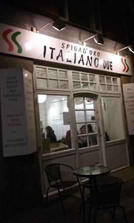 Pizzeria Spigad'oro Italiano Due: Outside the place