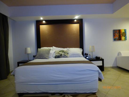 BEST WESTERN PLUS Peninsula Hotel: Ze Bed