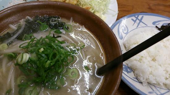 Neyagawa, Japón: すり鉢ラーメン