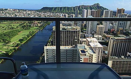 Aqua Skyline at Island Colony: アラワイ運河の延長にダイヤモンドヘットが!