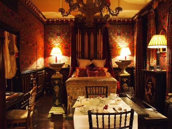 The Witchery by the Castle: photo2.jpg