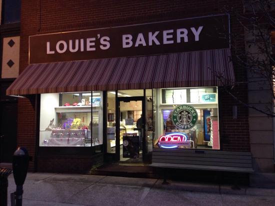 Louie's Bakery: photo0.jpg