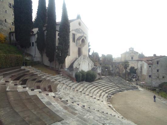 Vista dal teatro - Picture of Teatro Romano, Verona - TripAdvisor