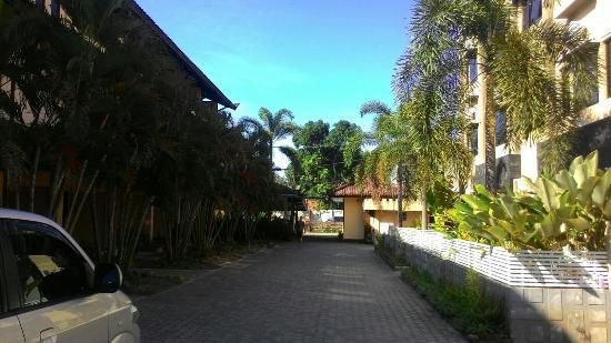 cheap good location picture of hotel puri senggigi senggigi rh tripadvisor com ph