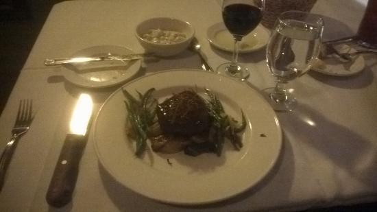La Conner, WA: Filet, Side of gnocchi, merlot