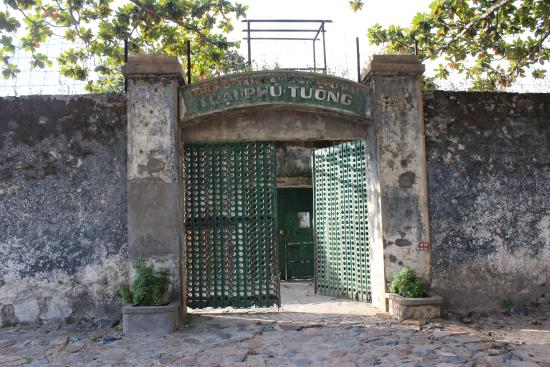 Con Dao Islands, Vietnã: Con Dao Prison Entrance