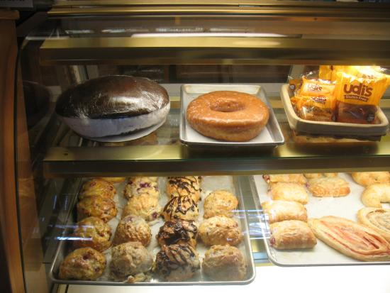 Congdon's Doughnuts: Giant donut and gob