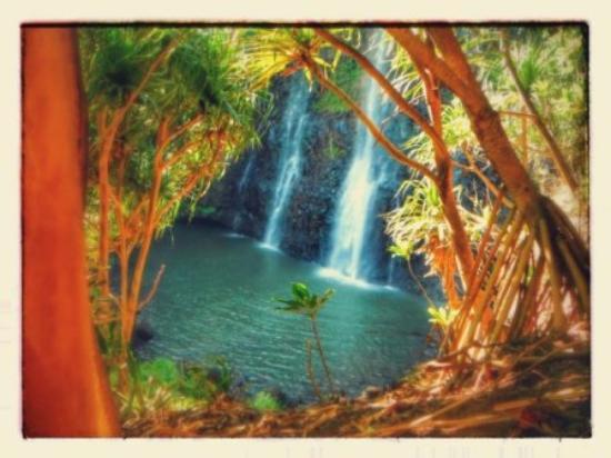 Kealia, HI: Hidden falls