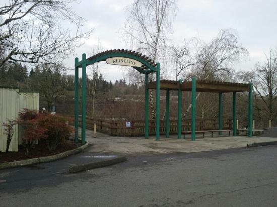 Salmon Creek Park: Entrance 1