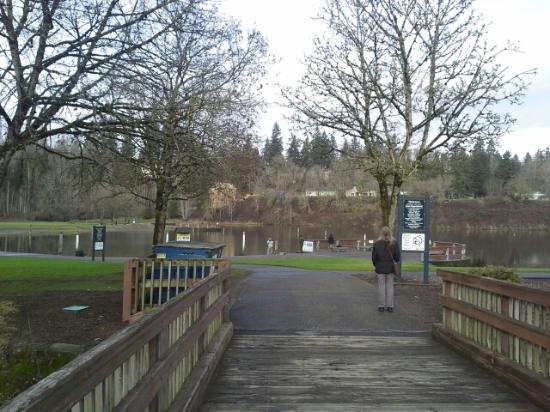 Vancouver, Waszyngton: Bridge to park/pond
