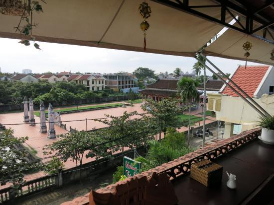 Hoang Trinh Hotel: Blick von der Frühstücksterrasse
