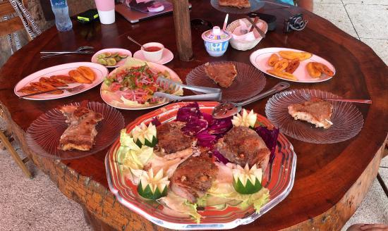 Hotel Cumbres de Ayangue : Our fresh fish breakfast.