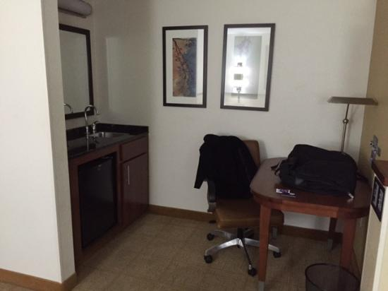 Medford, MA: Desk area