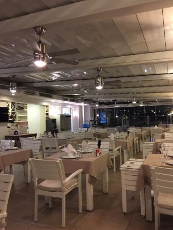 Alarga Restaurant: photo1.jpg