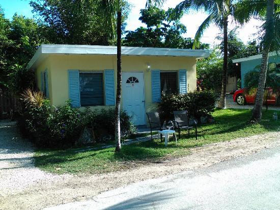 Sunset Cove Beach Resort: cottage