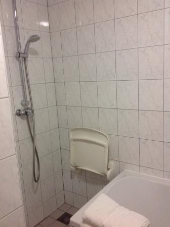 Ameland, Belanda: Gedeelte van de badkamer