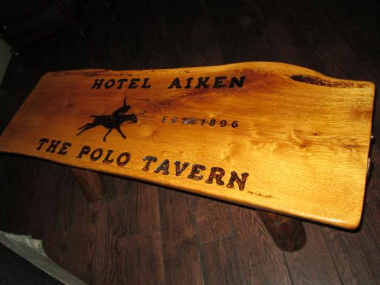 Aiken, Южная Каролина: Sign in historical Polo Tavern